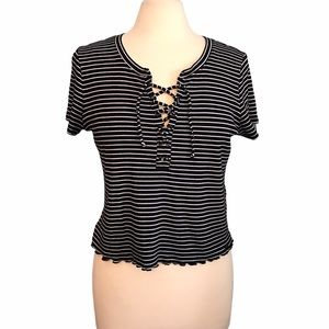Hollister Must Have Collection Crop Top Stripe L